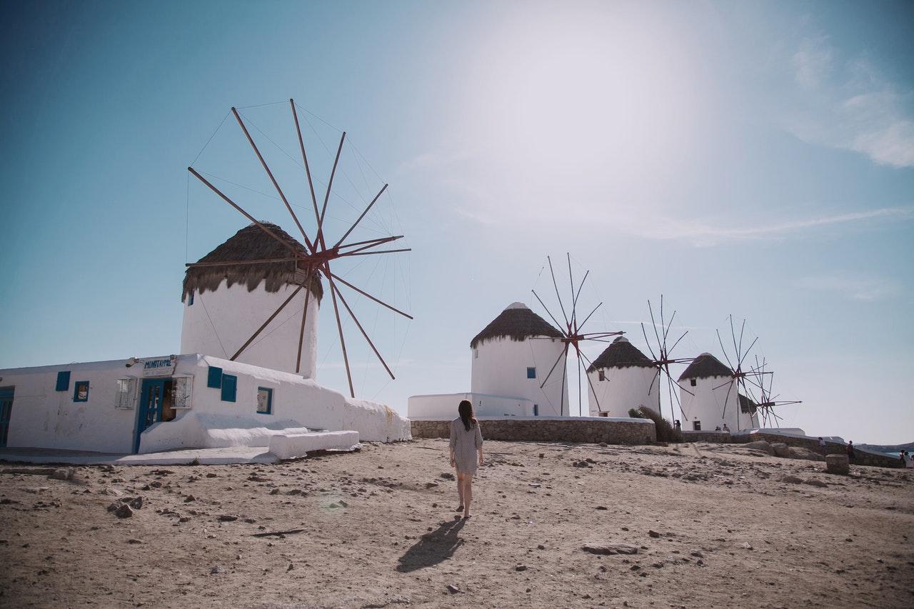 Sognate di andare alle Cicladi? 4 diritte utili su come muoversi a Mykonos quest'estate