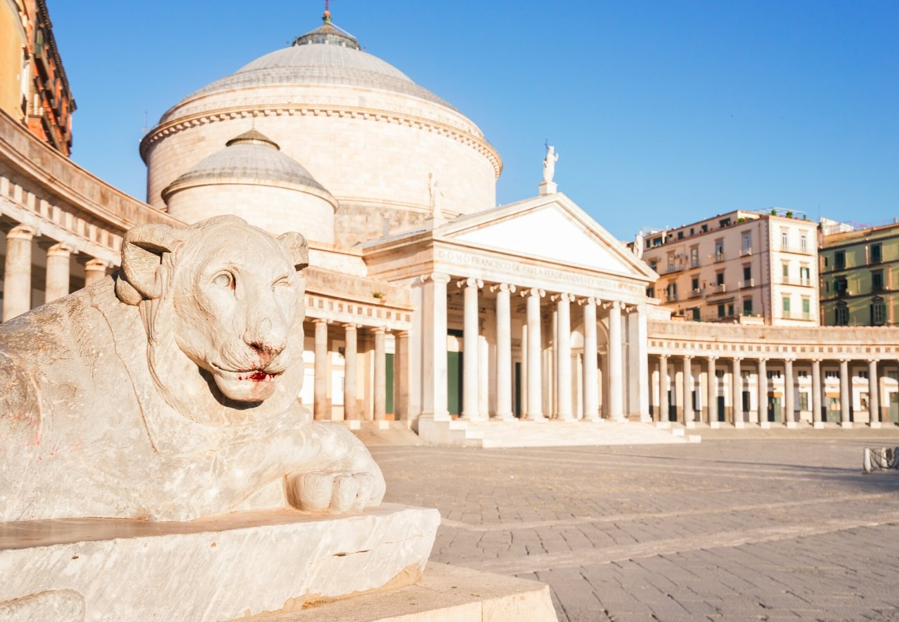Insolita Napoli: un viaggio nell'antico ventre partenopeo