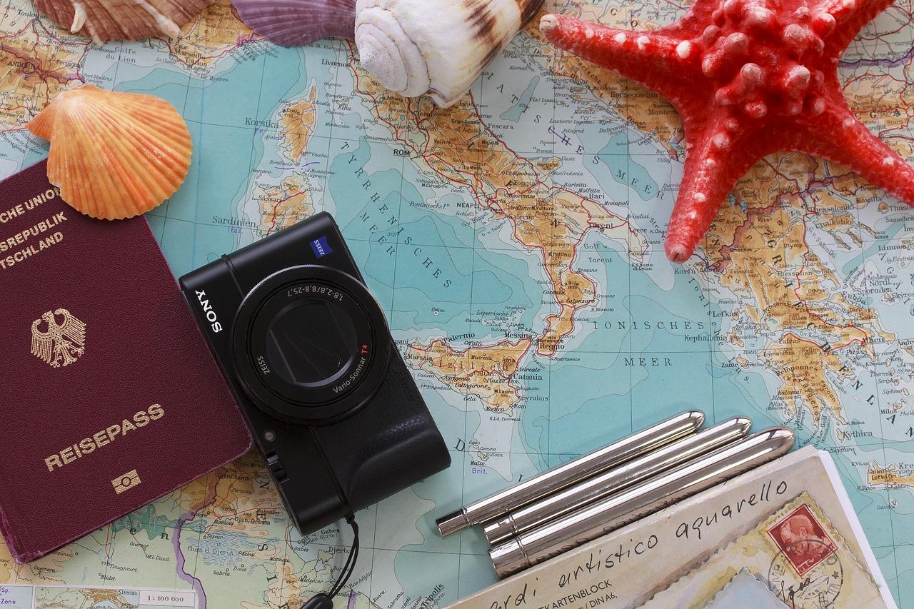 Regali di Natale per viaggiatori (e 4 idee per chi ama viaggiare in Italia)