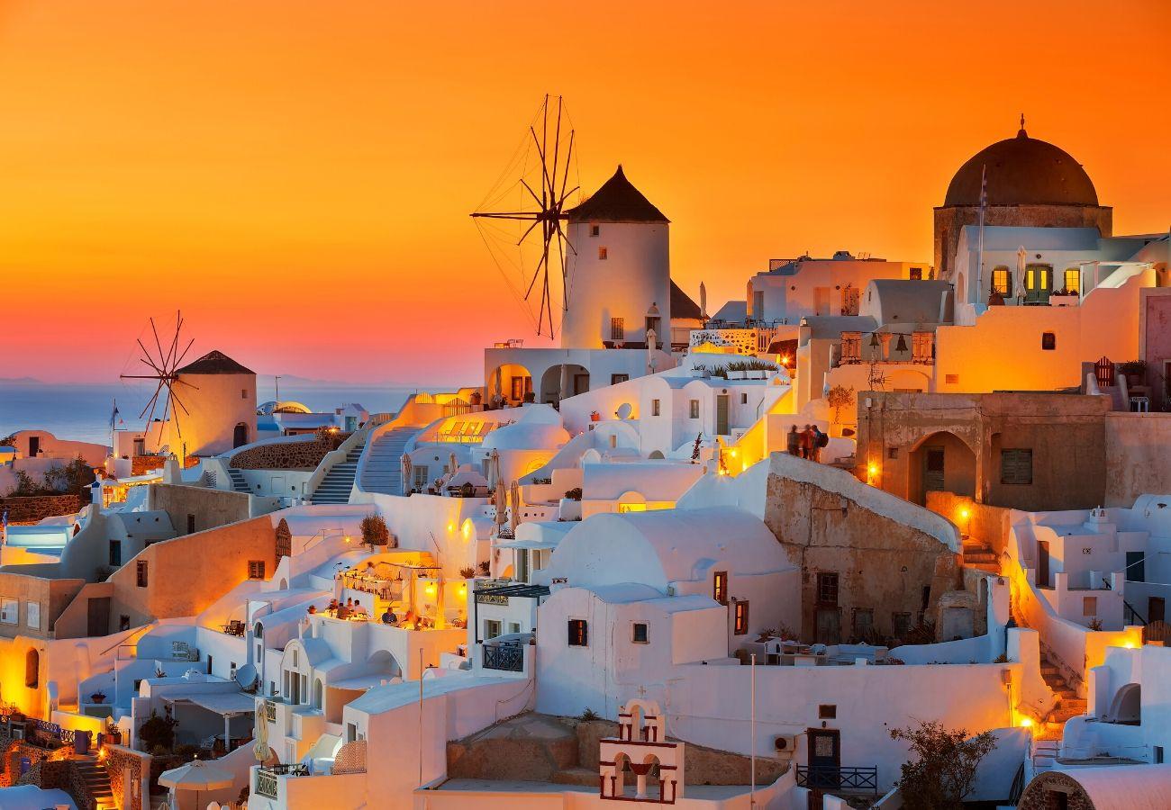 santorini tramonto.jpg