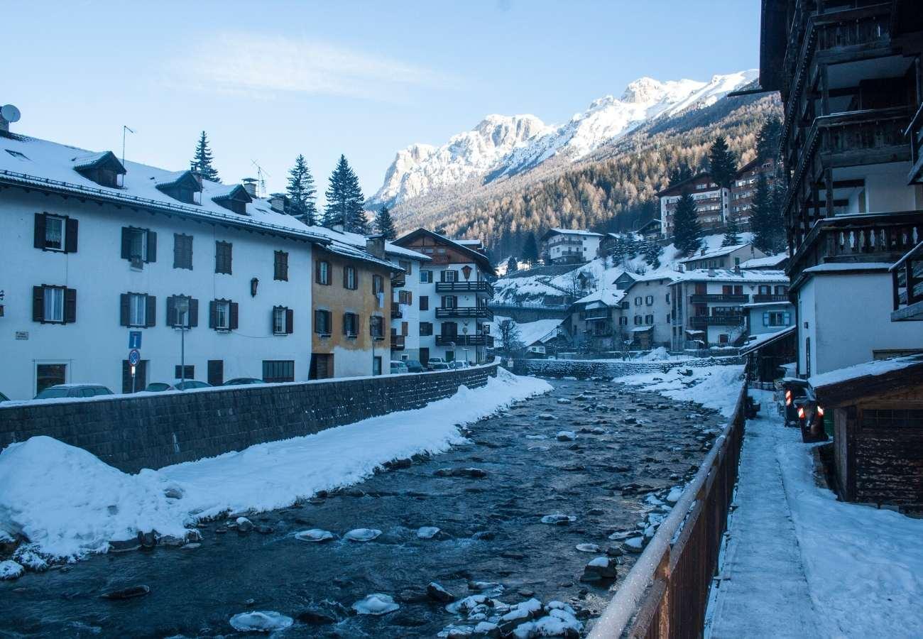 Informazioni utili e curiosità sul comprensorio della Val di Fassa.