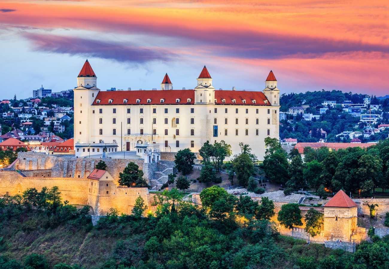 bratislava_castello.jpg